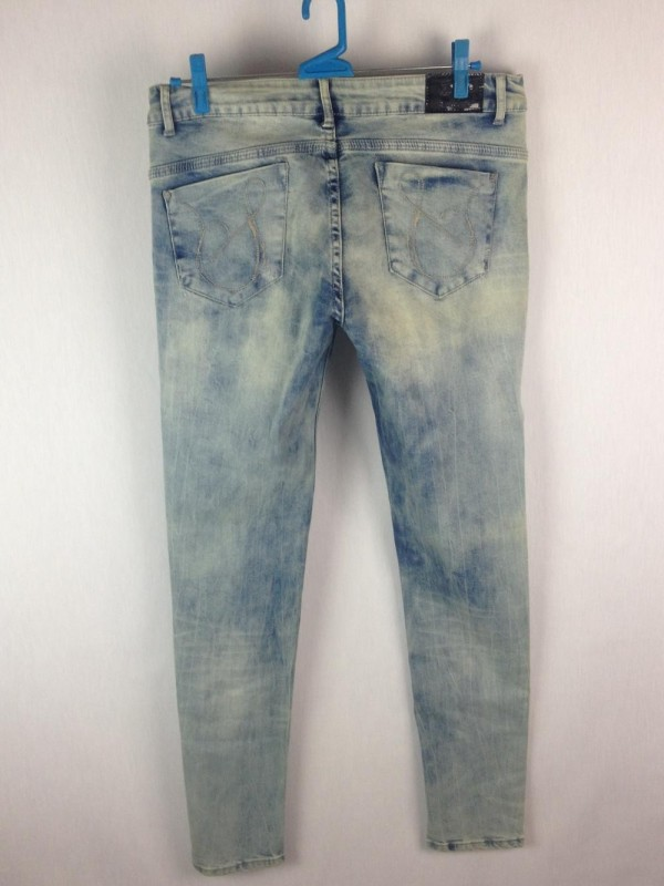 JEANS ACID WASHED