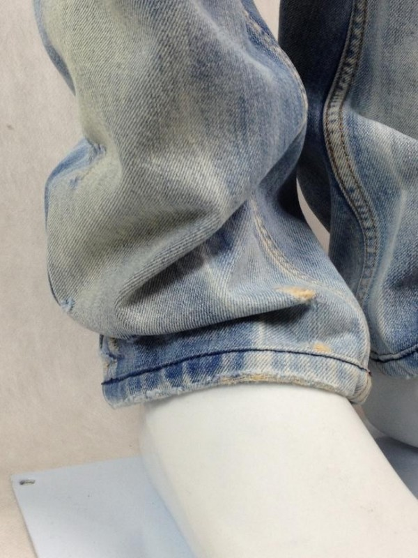 JEANS STONED DESTROYED DIESEL
