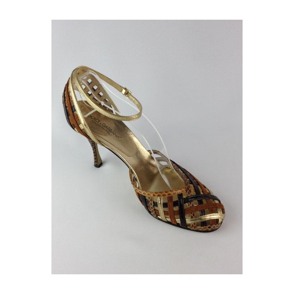 f197fbebf Sapato De Salto Alto - Dolce - Gabbana - Feminino - Sapatos - Com Salto