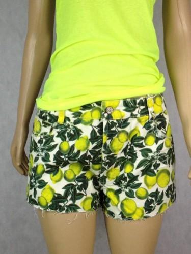 Shorts Limões