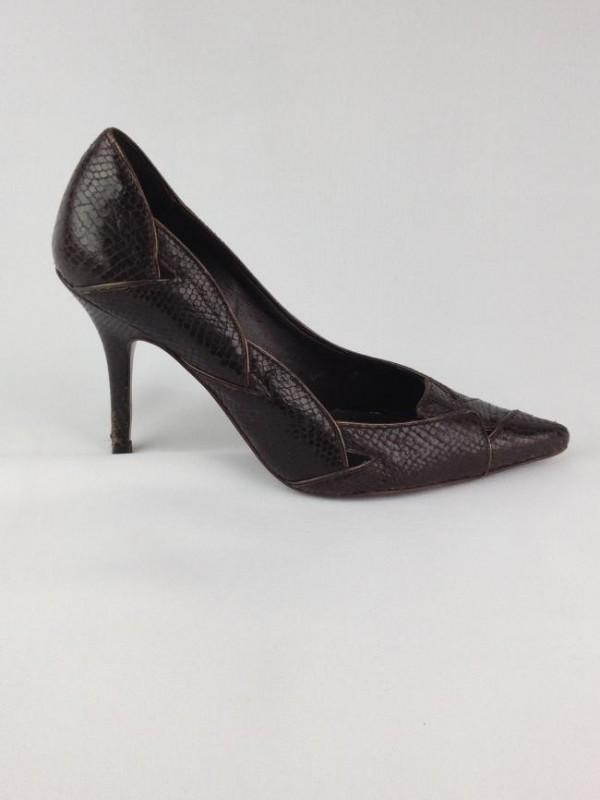 9ccb9daa1 Sapato De Salto - Arezzo - Feminino - Sapatos - Com Salto