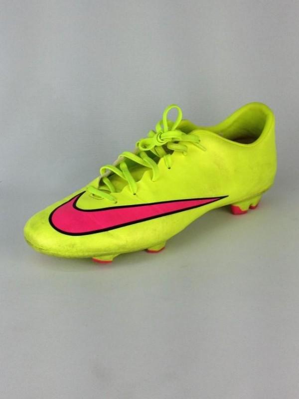 faafb7e983a73 Chuteira Mercurial - Nike - Masculino - Esportes