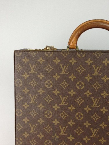 VINTAGE LOUIS VUITTON CLASSEUR TRUNK CASE